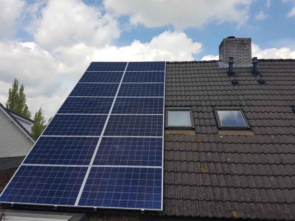 Canadian solar PV systeem rossum