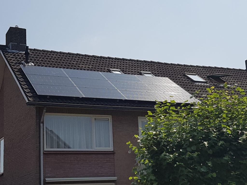 AUE BenQ solar 12x 300 Wp monokristal Sunforte