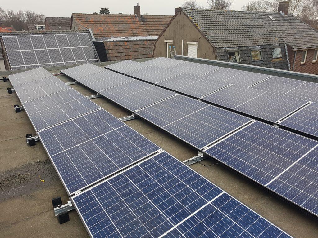 Zonnepanelen ammerzoden REC solar Twinpeak TP2 + SMA omvormers