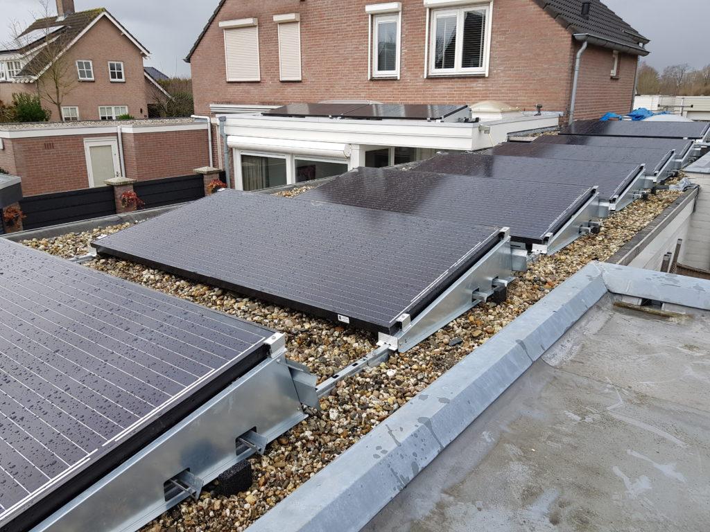 Zonnepanelen Bisol XL 350 Watt piek vermogen